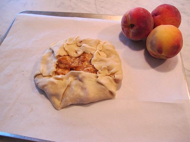 Galette & Peaches